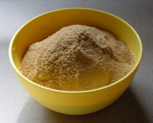 powdered-palm-sugar-in-a-bowl